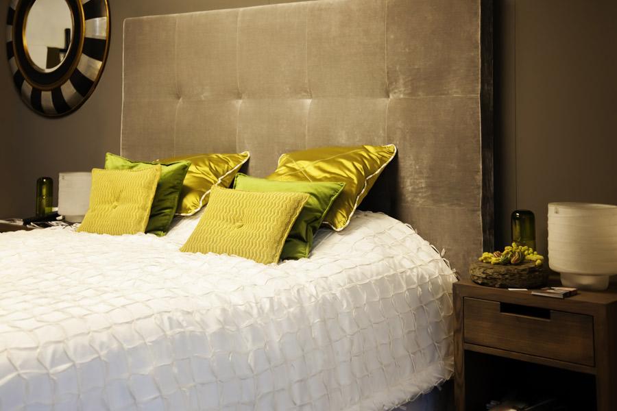 Arredamento camera da letto matrimoniale.